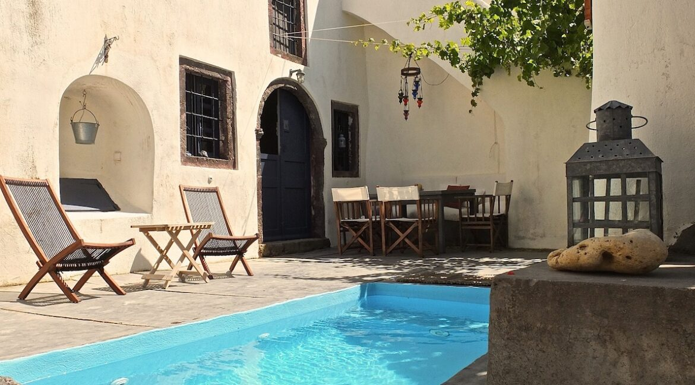 Villa at Finikia area of Oia, Santorini
