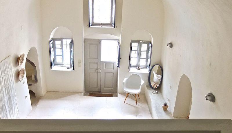 Villa at Finikia area of Oia, Santorini 21