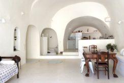 Villa at Finikia area of Oia, Santorini 7