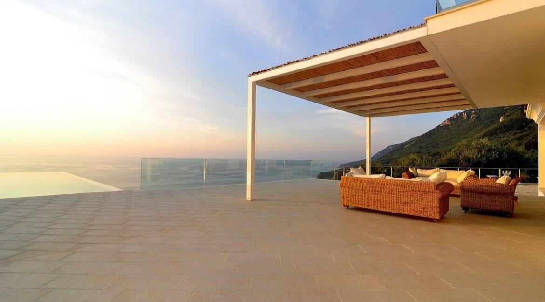 Luxury Villa In Corfu 1