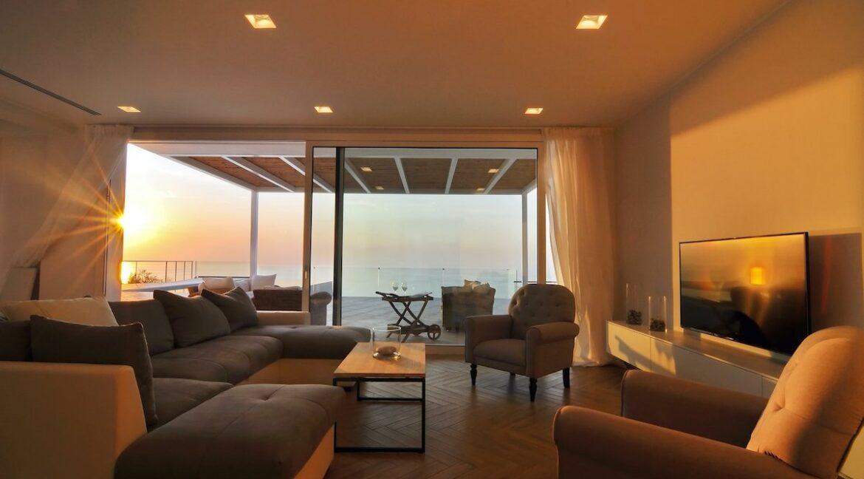 Luxury Villa In Corfu 3
