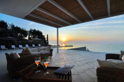 Luxury Villa In Corfu 4