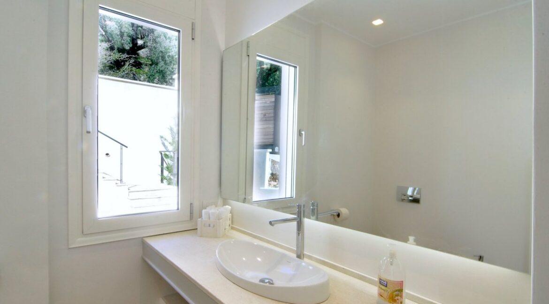 Luxury Villa In Corfu 8