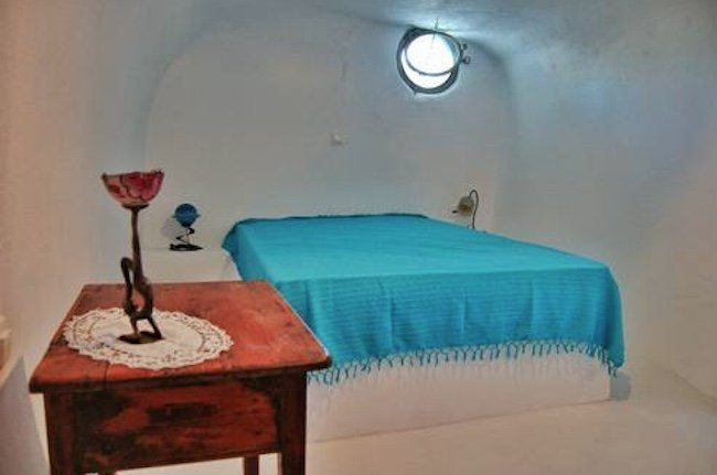 CAve House Santorini Finikia For Sale 6