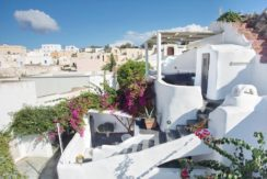 House for Sale in Santorini 1