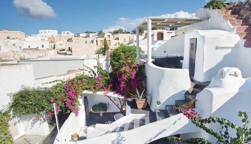 House for Sale in Santorini 1