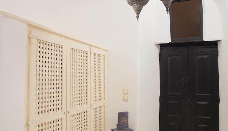 House for Sale in Santorini 13