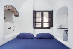 House for Sale in Santorini 15