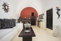 House for Sale in Santorini 17