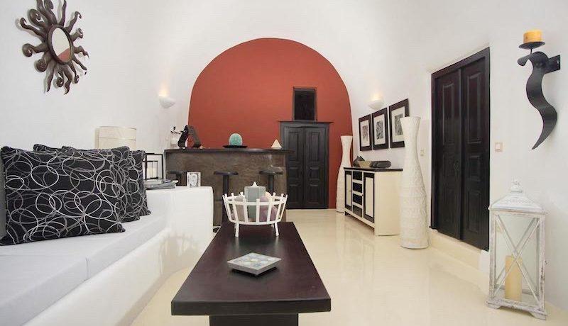 House for Sale in Santorini 17