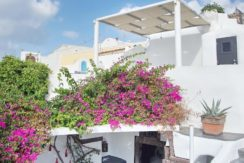 House for Sale in Santorini 23