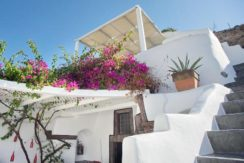 House for Sale in Santorini 5