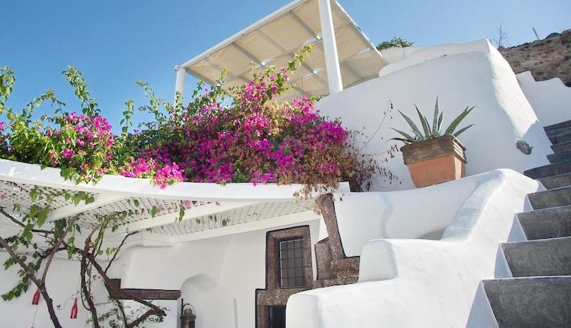 House for Sale in Santorini 5