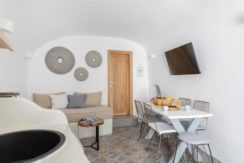 House for Sale in Santorini at Megalochori 12