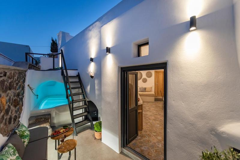 House for Sale in Santorini, Megalochori area