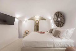 House for Sale in Santorini at Megalochori 21