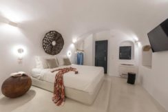 House for Sale in Santorini at Megalochori 22