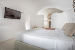 House for Sale in Santorini at Megalochori 34