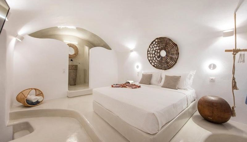 House for Sale in Santorini at Megalochori 37