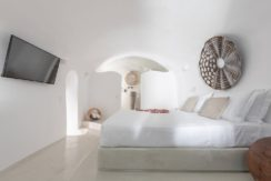 House for Sale in Santorini at Megalochori 42