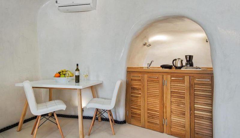 New Cave Villa for Sale at Santorini 1