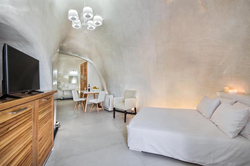 New Cave Villa for Sale at Santorini , Vourvoulos area