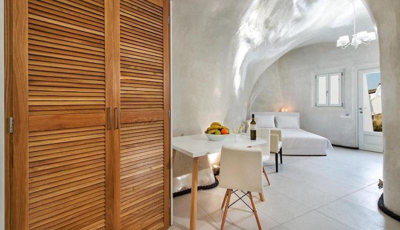 New Cave Villa for Sale at Santorini 4