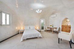 New Cave Villa for Sale at Santorini 5