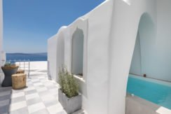 Super Lux Villa in Oia Santorini for Sale 17