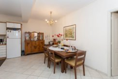 5 minutes from the Sea Apartment in Athens 23