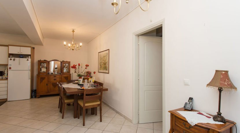 5 minutes from the Sea Apartment in Athens 9