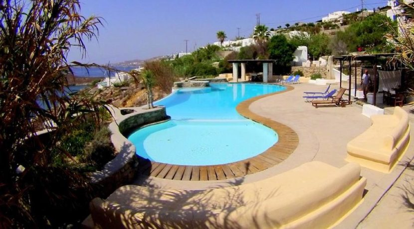 Complex of 9 Apartments in Ornos Mykonos for sale 10