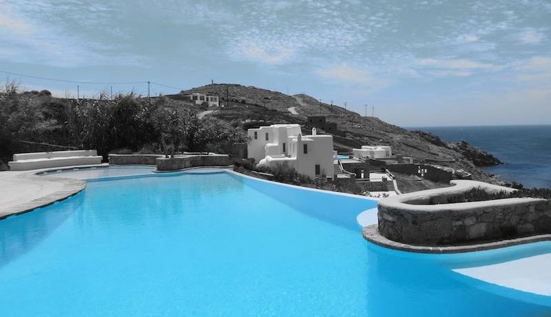 Complex of 9 Apartments in Ornos Mykonos for sale 4