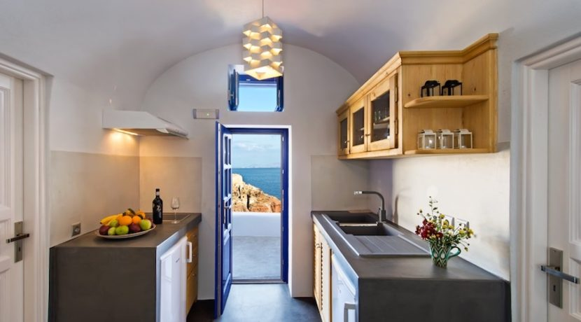 Luxury Cave House at Oia Santorini 17