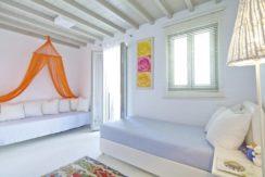 Luxury-Villa-in-Kalafatis-Mykonos-1