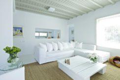 Luxury-Villa-in-Kalafatis-Mykonos-12