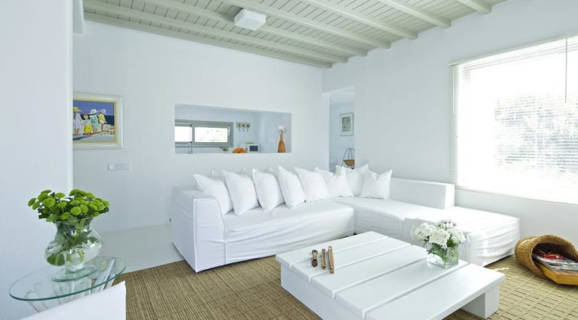 Luxury-Villa-in-Kalafatis-Mykonos-12