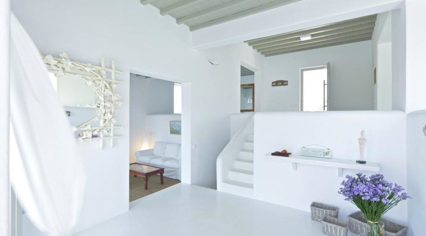 Luxury-Villa-in-Kalafatis-Mykonos-15