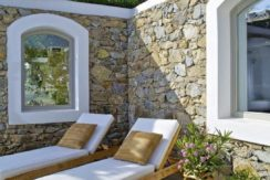 Luxury-Villa-in-Kalafatis-Mykonos-16