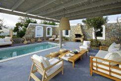 Luxury-Villa-in-Kalafatis-Mykonos-17