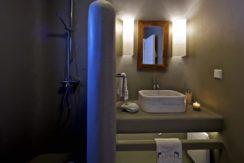 Luxury-Villa-in-Kalafatis-Mykonos-2