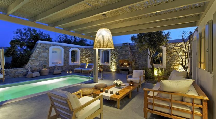 Luxury-Villa-in-Kalafatis-Mykonos-24