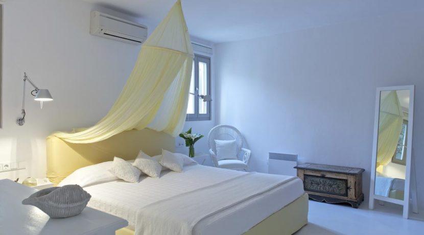 Luxury-Villa-in-Kalafatis-Mykonos-5