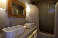 Luxury-Villa-in-Kalafatis-Mykonos-6