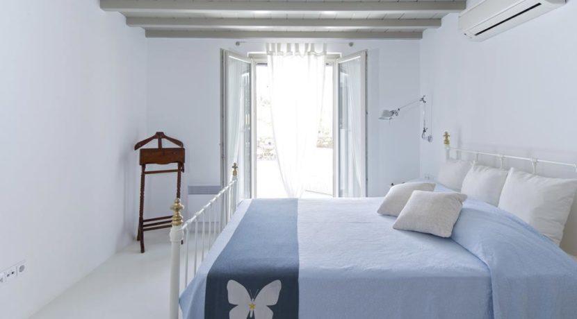 Luxury-Villa-in-Kalafatis-Mykonos-7