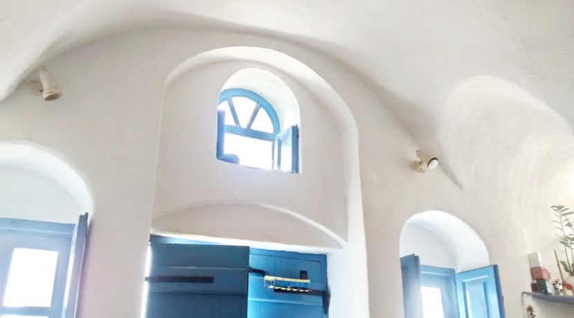 Inestment Opportunity Cave House for Sale in Oia Santorini Greece 15