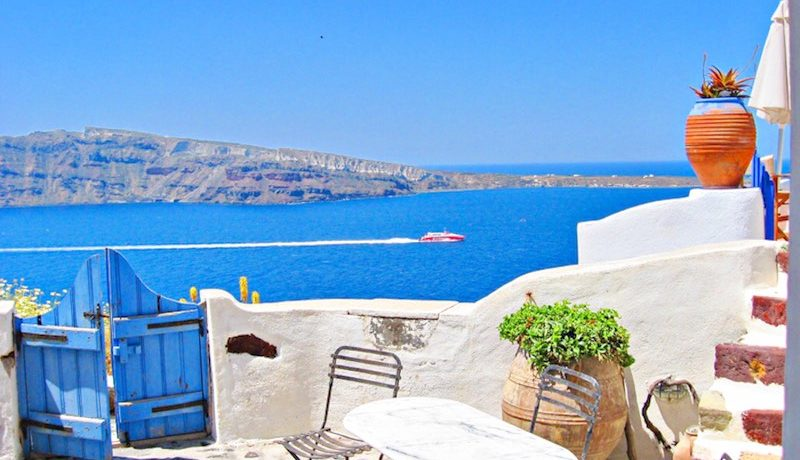 Inestment Opportunity Cave House for Sale in Oia Santorini Greece 5