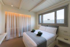 Minimal Villa in Paros, Insterni area 11