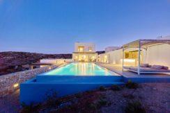 Minimal Villa in Paros, Insterni area 13