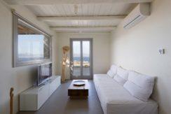 Minimal Villa in Paros, Insterni area 14
